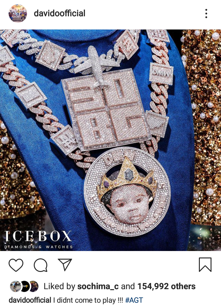""""""" I didn't come here to play """" Davido Says As He Flaunts His Multi Millionaire Diamond Chains. Popular Nigerian Artiste, Davido Adeleke has used his instagram page as a medium to reveal his new multi million Diamond"""